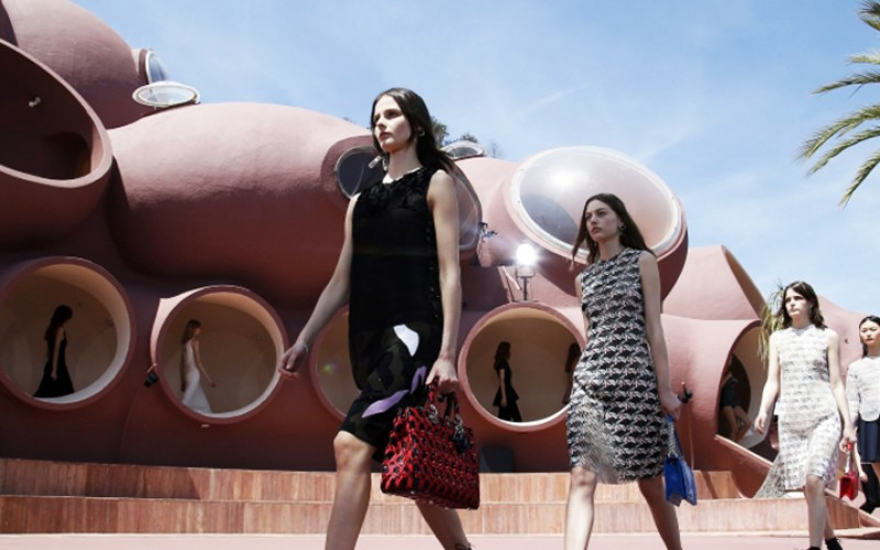 DIOR RESORT SHOW 2016: The French Riviera Magic