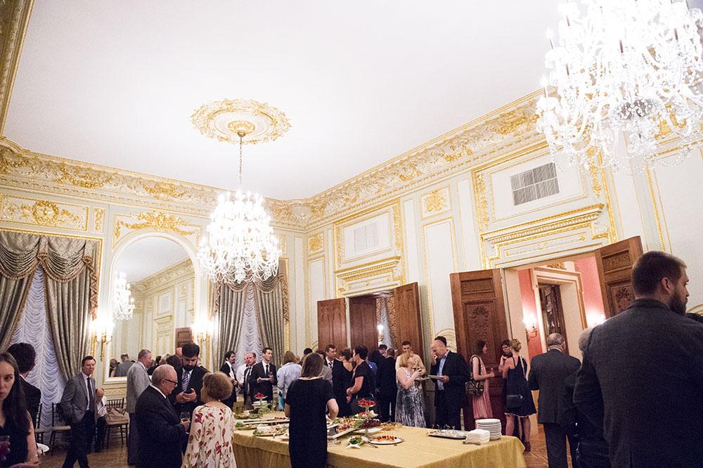 fashion concierge, fashion photos, fashion consulting, a cloud in trousers, vladimir mayakovsky, masha lopatova kirilenko